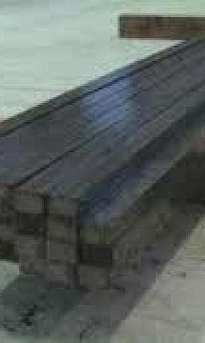 Barra quadrada de aço